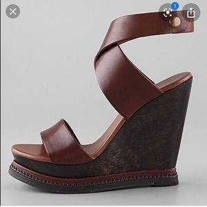 DVF - Omni Wedge Sandals in Luggage Brown